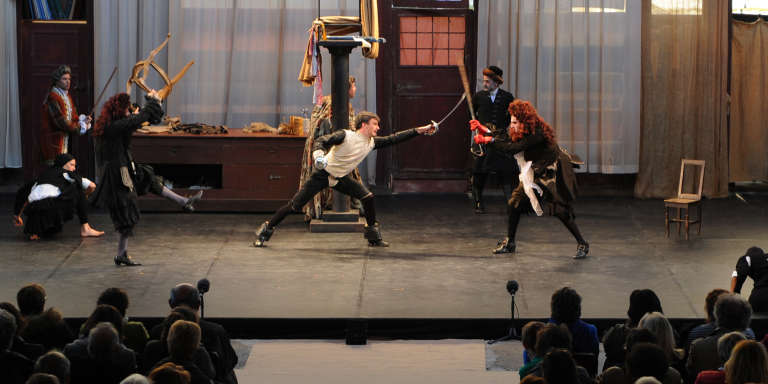 """Scène de la pièce """" Le Bourgeois Gentilhomme"""" jouée à Paris."""