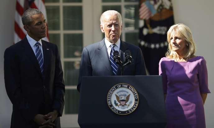 Le vice-président des Etats-Unis Joe Biden annonce qu'il ne sera pas candidat à la primaire des Démocrates à Washington le 21 octobre 2015.