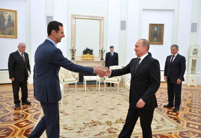 Rencontre entre Bachar Al-Assad et Vladimir Poutine à Moscou le 20 octobre 2015.