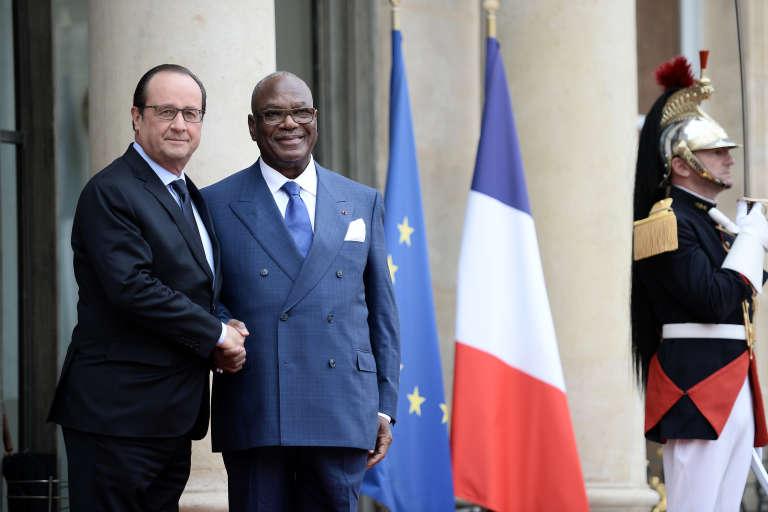 Le président malien, Ibrahim Boubacar Keita, accueilli le 21 octobre à l'Elysée par le président français, François Hollande.