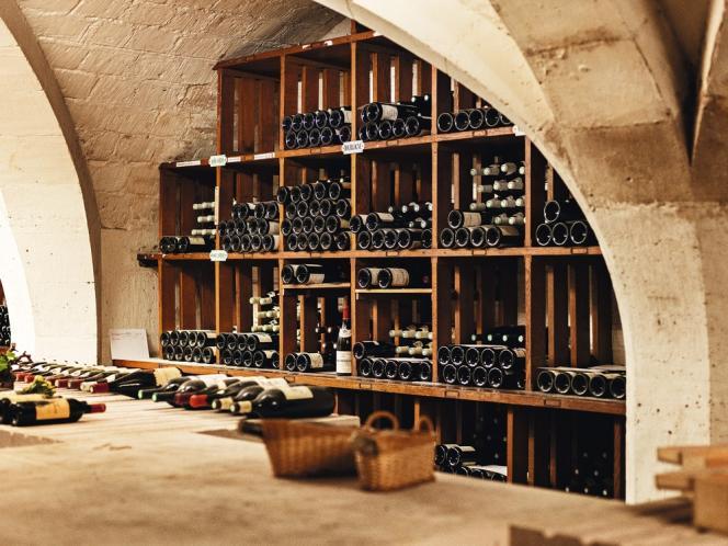 Virginie Routis a renouvelé,  en 2013, une partie du fonds  afin de proposer, lors des dîners officiels, une gamme de vins  ouverte sur toutes  les régions de France.