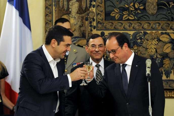 Alexis Tsipras, le premier ministre grec, et Francois Hollande, lors de la visite officielle du président français à Athènes, le 22 octobre.