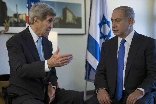Le secrétaire d'Etat américain John Kerry et le premier ministre israélien Benyamin Nétanyahou, en 2015 à Berlin.