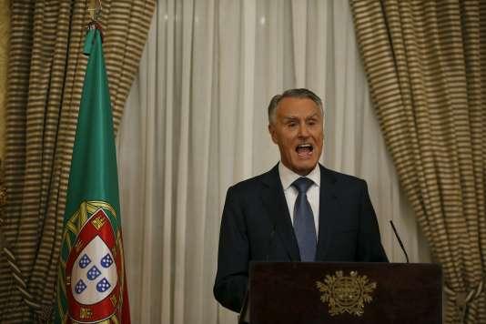 Le président du Portugal, Anibal Cavaco Silva, a annoncé le 22octobre qu'il reconduisait le premier ministre sortant.