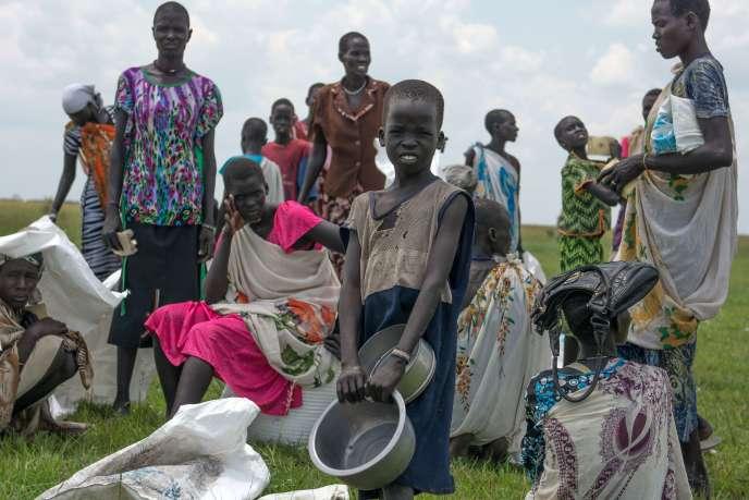 Sans une aide humanitaire immédiate, plus de 30 000 personnes risquent de mourir de faim au Soudan du Sud, a alerté jeudi 22 octobre, l'Organisation des nations unies (ONU).