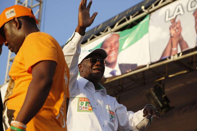 Alassane Ouattara, le président ivoirien, en campagne à Abidjan, le 22 octobre 2015.
