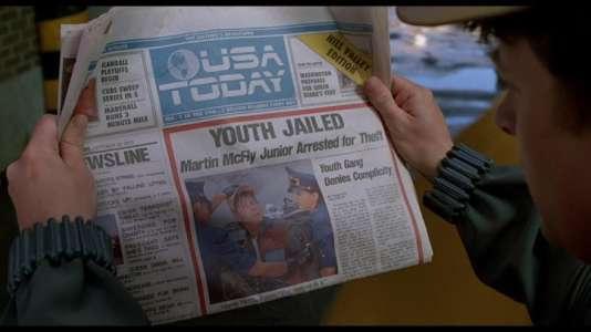 Dans Retour vers le futur 2, Marty McFly apprend en lisant USA Today que son propre fils a été arrêté par la police.