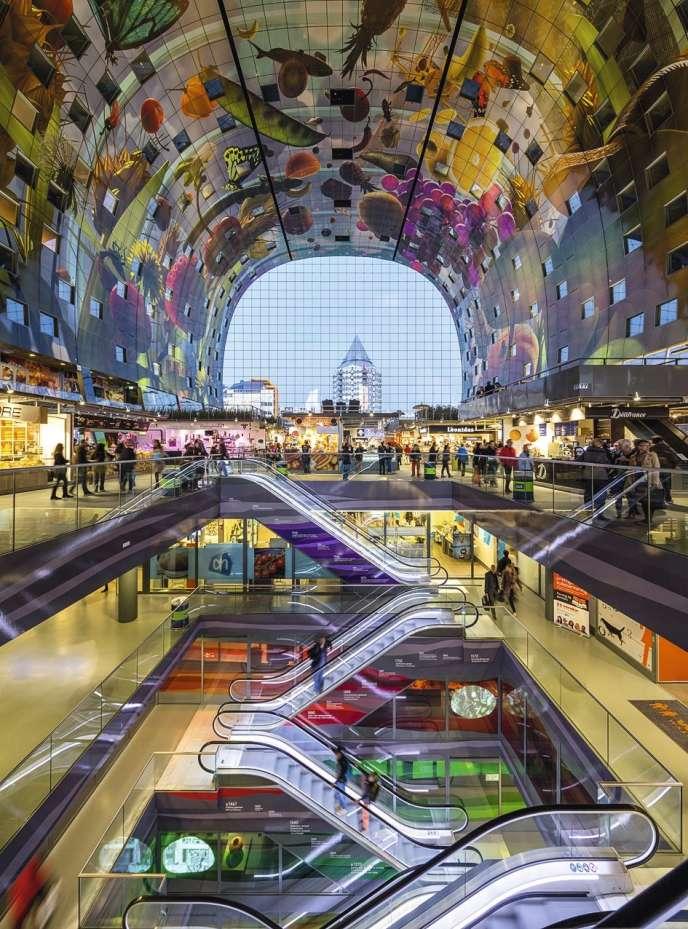 Markthal, le marché couvert  de Rotterdam.