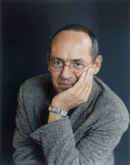 """Le philosophe Bernard Stiegler développe la thèse de son prochain ouvrage: """"Dans la disruption""""."""