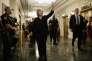 Washington, le 22 octobre. Hillary Clinton à la sortie de son audition sur les attentats de Benghazi, en septembre 2012, en Libye.