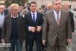 Manuel Valls s'est rendu sur les lieux de la collision en Gironde.