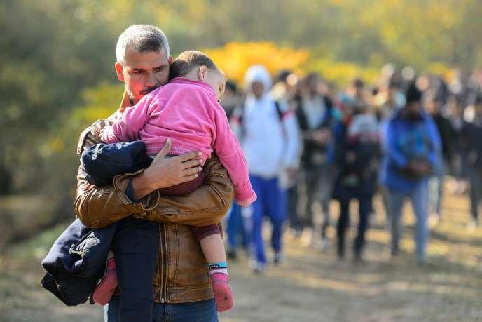 Plus de 60 000 réfugiés ont franchi la frontière entre la Coatie et la Slovénie en une semaine.
