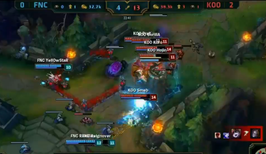 "La demi-finale des mondiaux 2015 de ""League of Legends"" entre Koo Tigers et Fnatic."