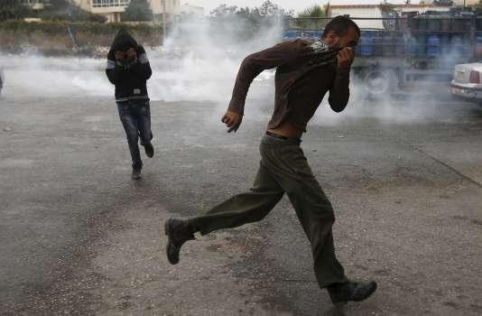 Une manifestation dispersée par l'armée israélienne à Hébron, le 25 octobre.