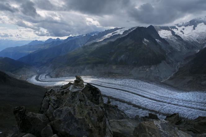 Le glacier d'Aletsch en Suisse, le 22 août 2015.