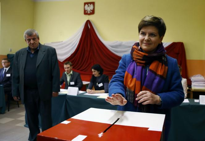 Beata Szydlo lors du vote, le 25 octobre.