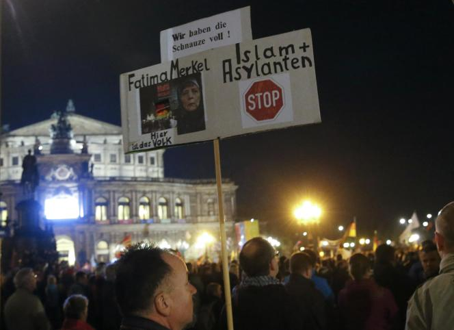 Manifestation anti-immigrés, à Dresden, le 26 octobre.