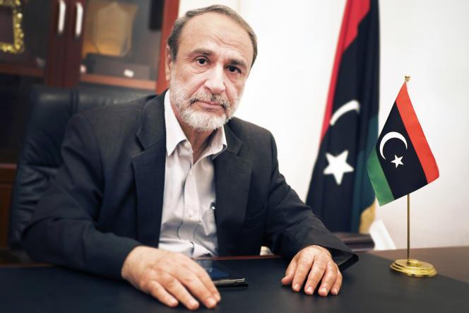 Abderrahman Sewehli, dans son bureau, le 22 octobre.