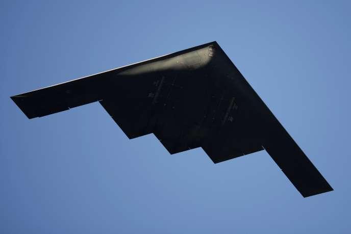 Un bombardier B-2 Northrop en parade à Pasadena, Californie, en janvier.