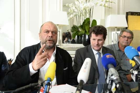 Le pilote Pascal Fauret et ses avocats Jean Reinhart et Eric Dupont-Moretti ont donné une conférence de presse à Paris le mardi 27 octobre.