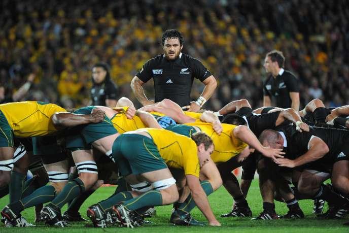 Mêlée lors de la demi-finale de la Coupe du monde entre la Nouvelle-Zélande et l'Australie, le 16octobre2011, à l'Eden Park d'Auckland.