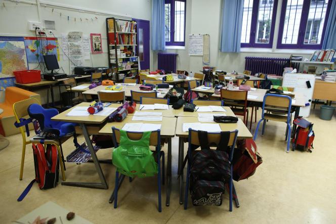 Classe d'une école élémentaire, en 2015 à Paris. Les créations de poste prévues à la rentrée 2017 donnent la priorité à l'école primaire.