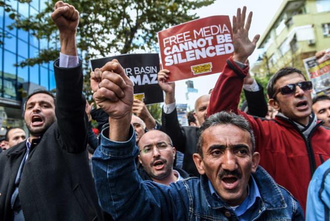 Manifestation pour la liberté de la presse en Turquie, le 28 octobre 2015.