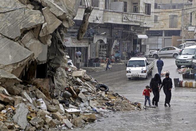 Dans une zone contrôlée par les rebelles, à Maarrat Al-Numan, dans le nord de la Syrie,  le 28 octobre.