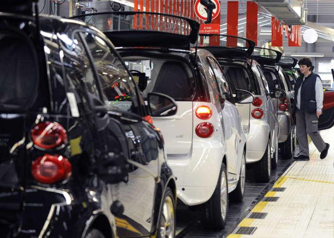 Les salariés de l'usine Smart, à Hambach, en Moselle, vont désormais travaillés 39 heures payés 37.
