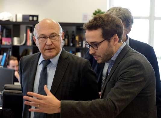 Pour Michel Sapin, en visite chez Ulule, la finance participative est une source complémentaire de financement de l'économie réelle.