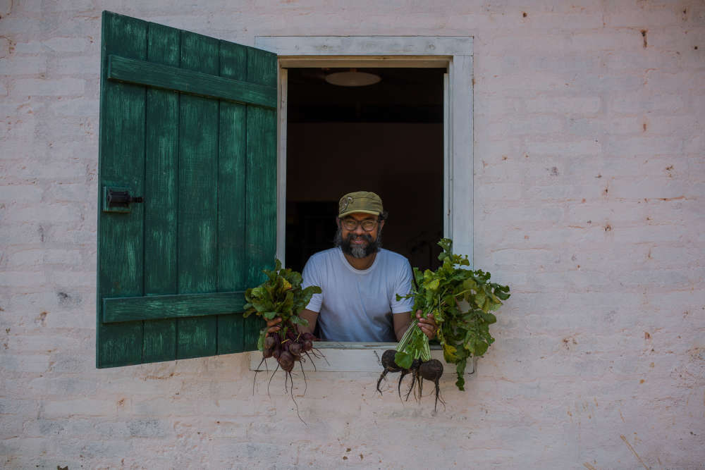 Le propriétaire de la ferme, David Ralitera, est un ancien citadin, salarié du milieu de la publicité.