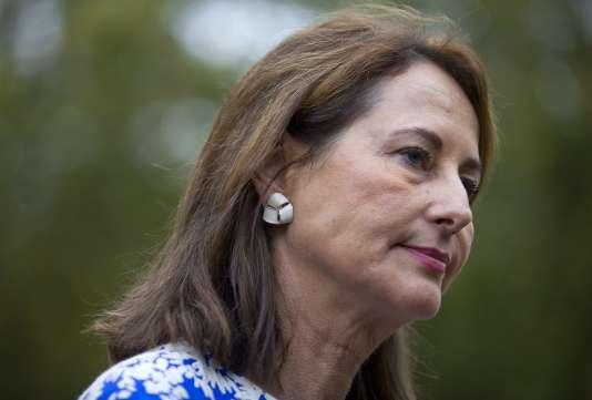 La ministre de l'écologie et de l'énergie, Ségolène Royal, a proposé le 8 octobre la création d'un prix plancher du carbone pour le secteur électrique en France.