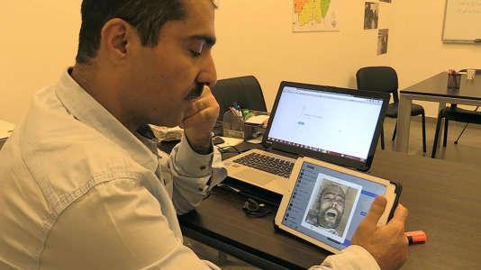 Tarek Matermawi, disparu pendant 5 mois dans les geôles de la dictature syrienne, a identifié plusieurs de ses compagnons de cellule sur des photographies officielles exfiltrées clandestinement de Syrie.