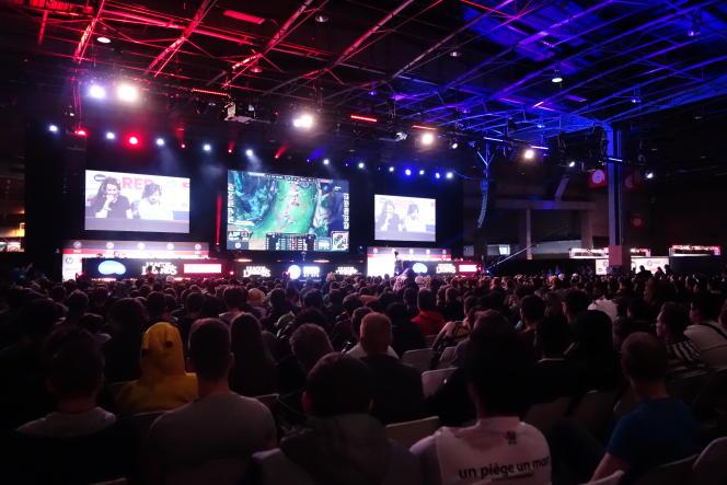 Plus de 1300 personnes assistaient à la compétition, mercredi 28 octobre à la Paris Games Week.