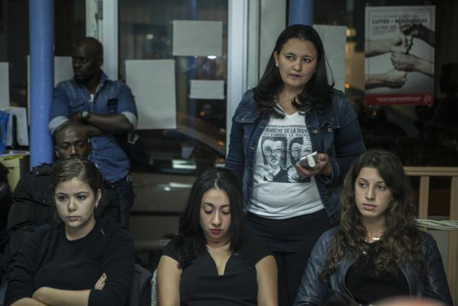 Reunion du Collectif de la Marche des Femmes pour la Dignité (Mafed), à Paris, pour organiser la marche de la Dignite. L appel a la marche est lance par un collectif de femmes soutenu par des organisations autonomes issues des luttes de l immigration et des quartiers.