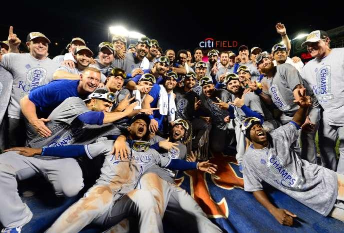 Les Royals de Kansas City célèbrent leur victoire lors de la World Series 2015.