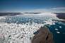 L'étendue de la banquise arctique, mesurée par satellite depuis trente-sept ans, a atteint son plus bas niveau hivernal en 2015 (Photo:Ilulissat, au Groenland).