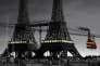 """Paris et ses deux tours Eiffel dans """"Avril et le monde truqué"""", film d'animation français de Christian Desmares et Franck Ekinci."""