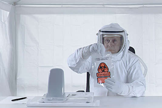 """Une scène du documentaire norvégien, danois, irlandais et finlandais de Michael Madsen, """"The Visit, une rencontre extraterrestre"""" (""""Ziyaret"""")."""