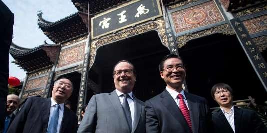 François Hollande et le maire de Chongqing (Chine), le 2 novembre.