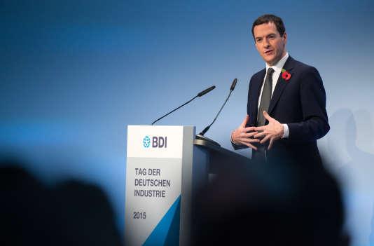 Le ministre britannique des finances George Osborne à Berlin le 3 novembre.