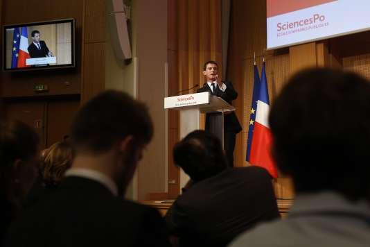 Manuel Valls lors de son discours à Sciences Po, mardi 3 novembre.