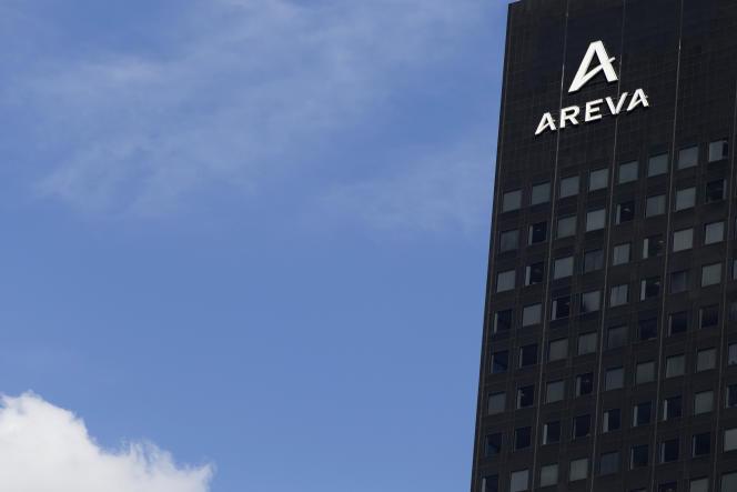 Areva a perdu 2 milliards d'euros en 2015, après avoir enregistré une perte de 4,8 milliards en 2014.