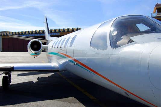 Le Jet permet la location d'un siège à l'unité et non de l'appareil complet.