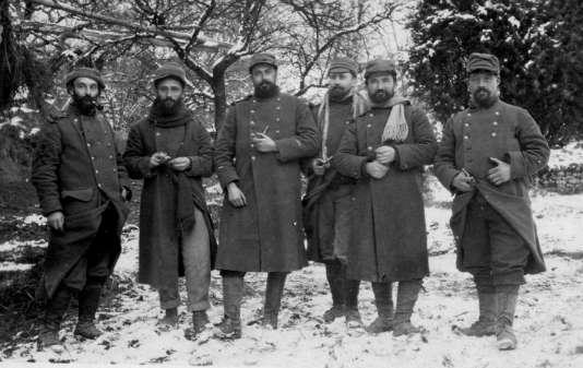 """Léon Werth, à gauche,  auteur de """"Clavel soldat"""", durant le premier conflit mondial."""