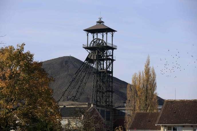Une ancienne mine de charbon à Loos-en-Gohelle, ville de 7 000 habitants qui a réussi sa transition écologique.