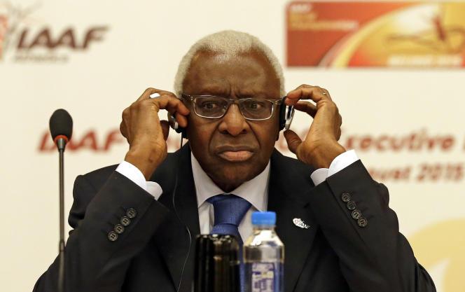 Le désormais ex-président de l'IAAF, Lamine Diack, le 21 août 2015, lors des Mondiaux d'athlétisme de Pékin.