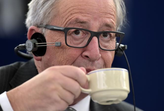 Jean-Claude Juncker au Parlement européen de Strasbourg le 27 octobre 2015.