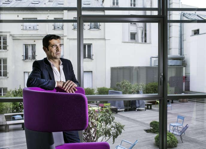 Arrivé à la tête du groupe en janvier, Thierry Guibert veut renforcer la célèbre marque au crocodile à travers le monde. Lacoste devrait atteindre 1,95 milliard d'euros de chiffres d'affaire d'ici à la fin de l'année