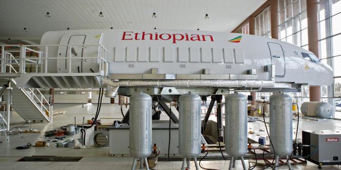 Le simulateur de vol Boeing 777 d'Ethiopian Airlines. B